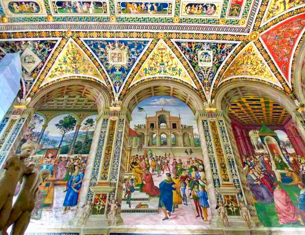 Pinturucchio frescos in the Piccolomini Library