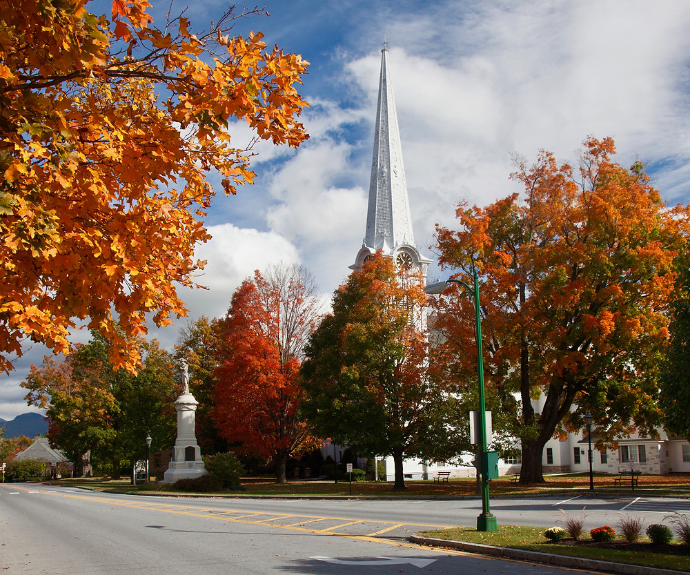 main street of Manchester Vermont in fall
