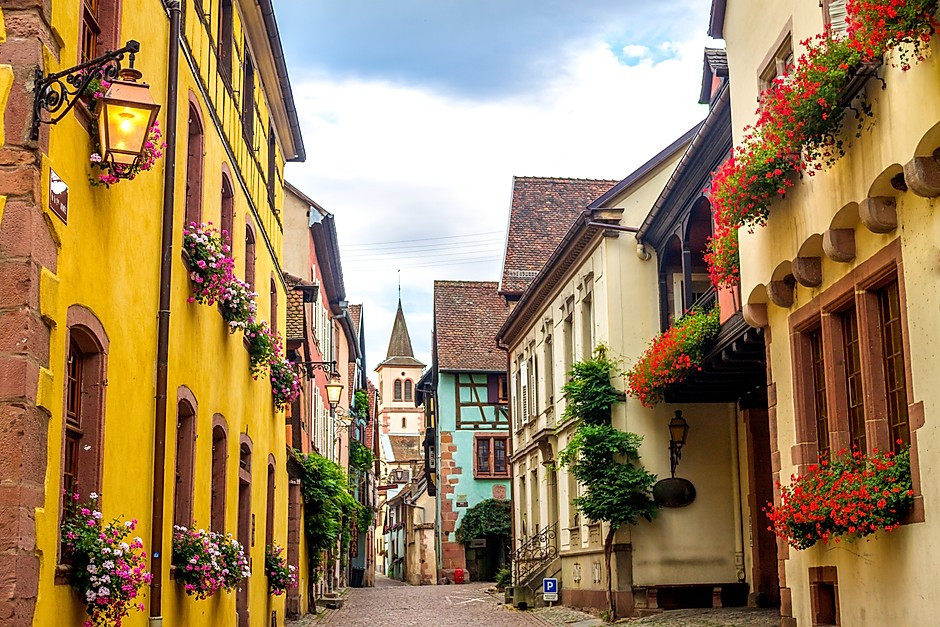 pretty homes in the town of Riquewihr France