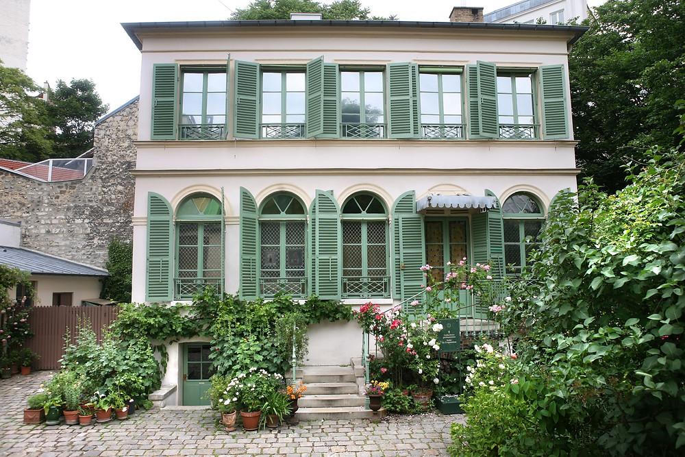 Hôtel Scheffer-Renan, home to the Musee de la vie Romantique