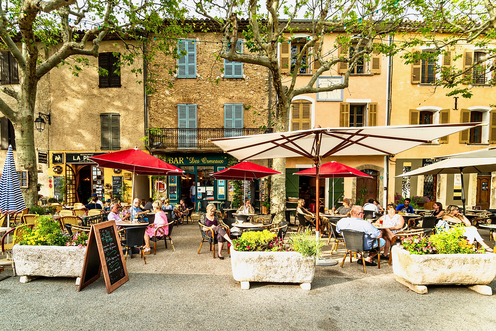 cafes in the shade of Sycamores in Tourtour