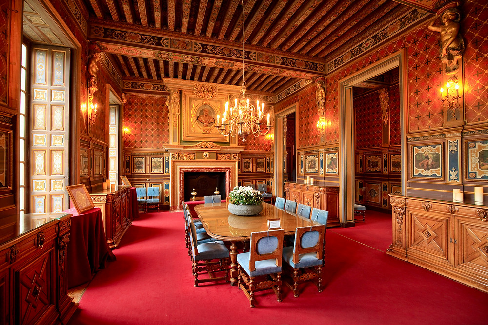 dining room of Chateau de Cheverny