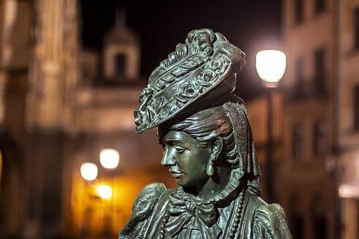 La Regenta sculpture in Oviedo Spain