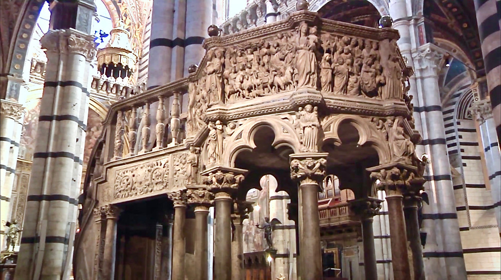the pulpit carved by Nicola Pisano