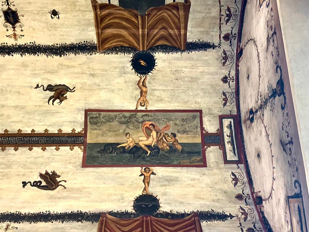 grotesque frescos in the Villa Farnesina