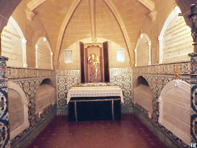 small chapel in the crypt for the Dukes of Osuna