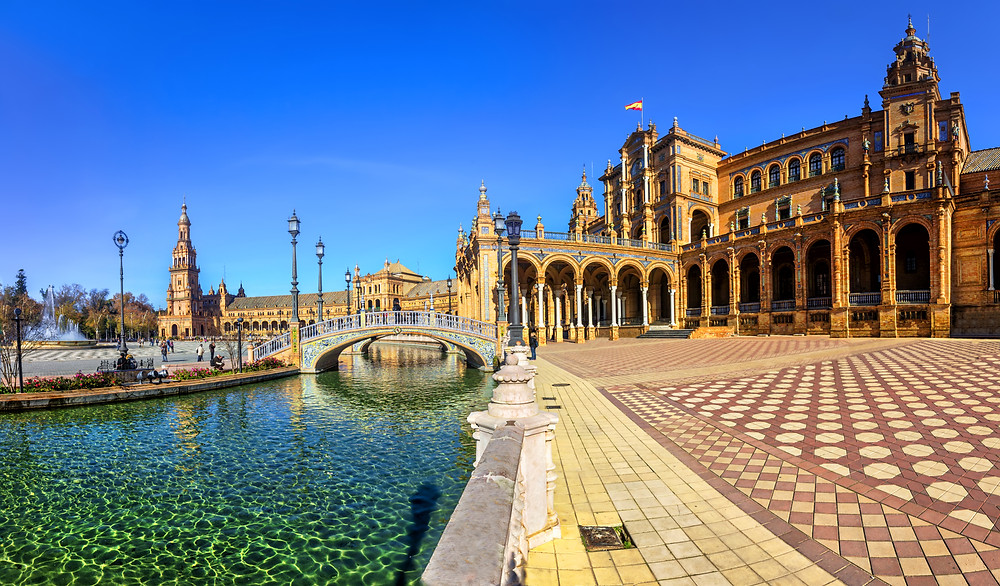 Plaza de Espana, a must see site in Seville