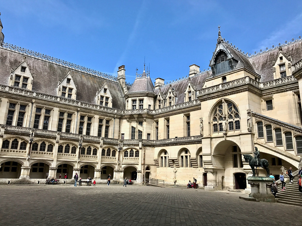 the courtyard of Pierrefonds