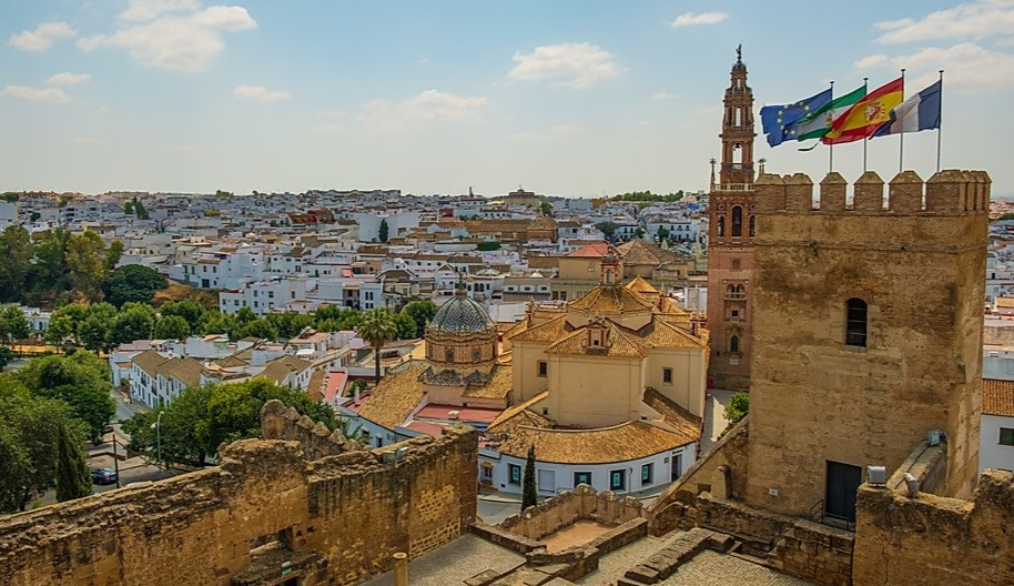 the white pueblo town of Carmona just outside Seville
