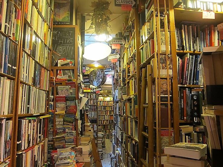 Abbey Bookstore in the Latin Quarter