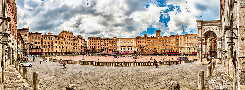 the Piazza del Campo