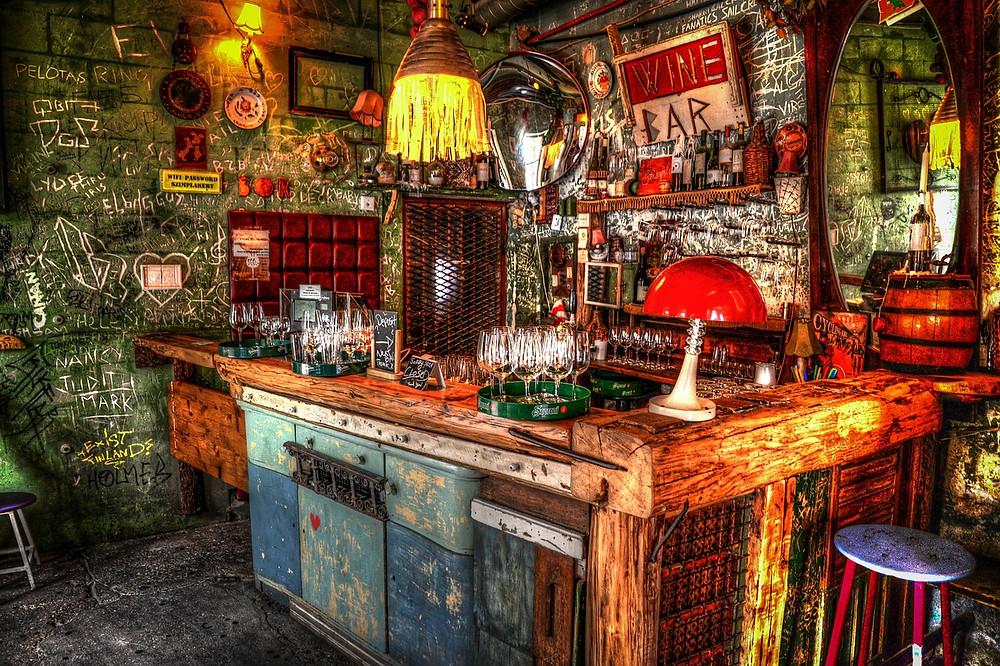 Szimpla Kert, a ruins bar in Budapest