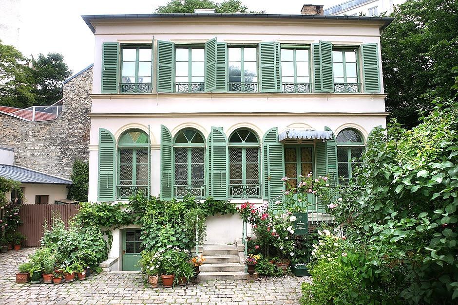 Hôtel Scheffer-Renan, home to Paris' Museum of the Romantic Life