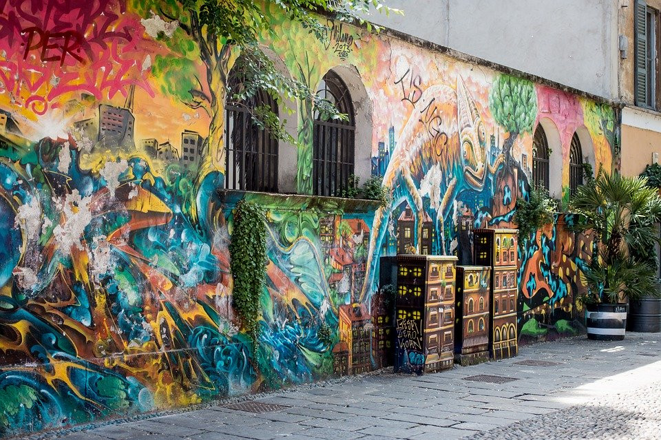 street art on Via Sante Croce in Milan