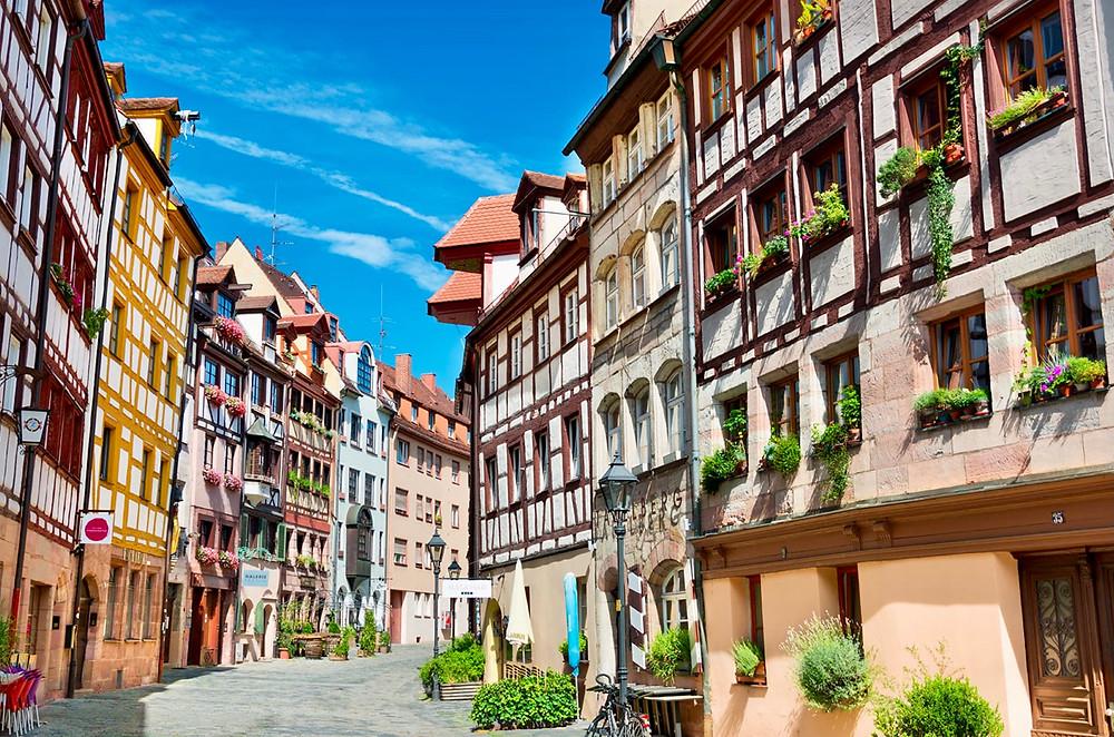 colorful Weibgerbergasse Street