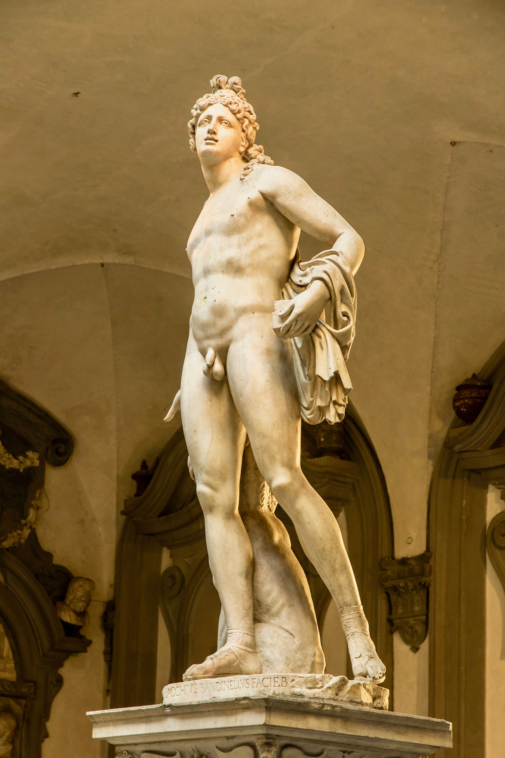 Baccio Bandinelli, Orpheus, 1519 -- in the palace courtyard