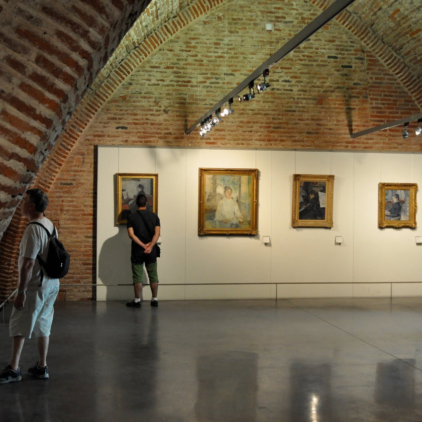 the interior of the Musee Toulouse Lautrec