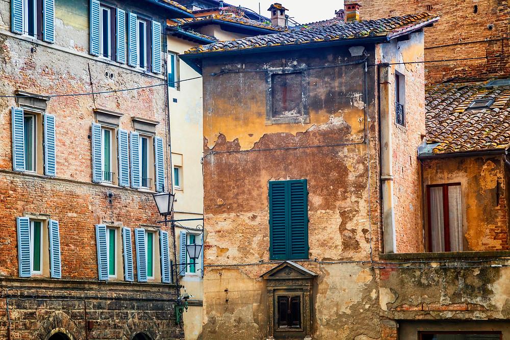 rustic homes in Siena