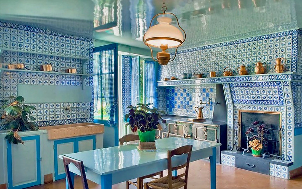 blue kitchen in Monet's Giverny house