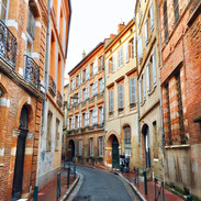 the Carnes neighborhood of Toulouse