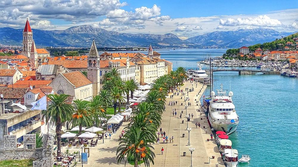 the waterfront promenade in Trogir