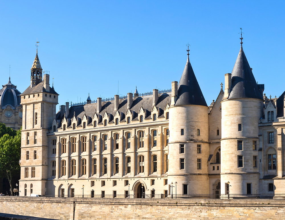 towers on the Conciergerie facade