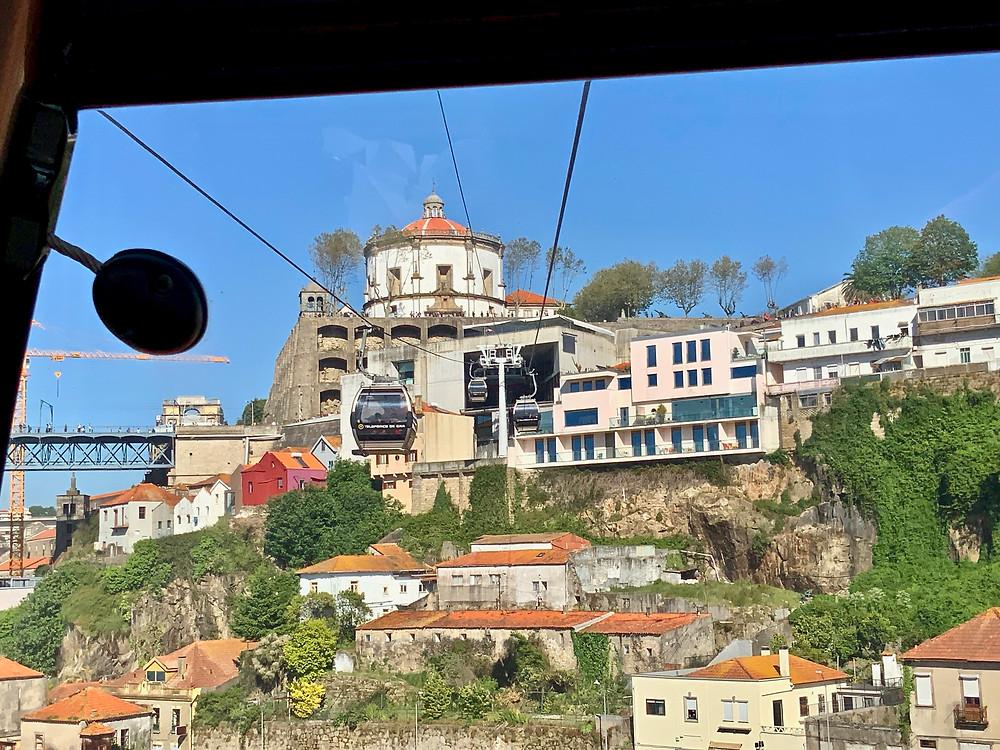 heading into the one way stop near the Serra do Pilar monastery and miradouro