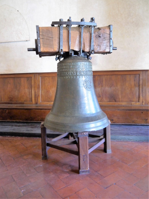 La Piagnona, the naughty bell -- in the Chapter House