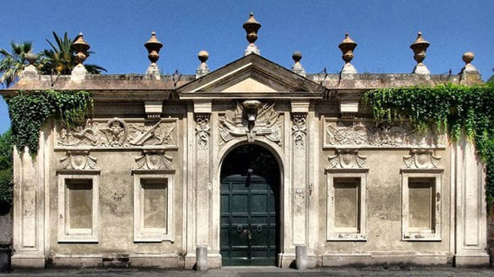 entrance to the Magistral Villa of the Knights of Malta