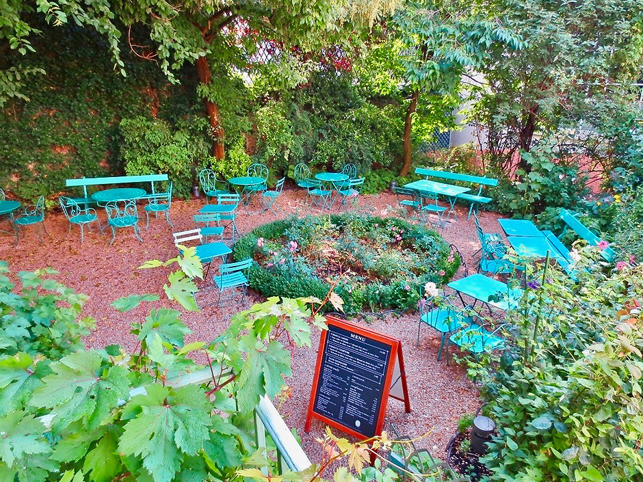 the lovely garden of the Musée de la Vie Romantique, where you'll find Rose's Bakery if you need a snack