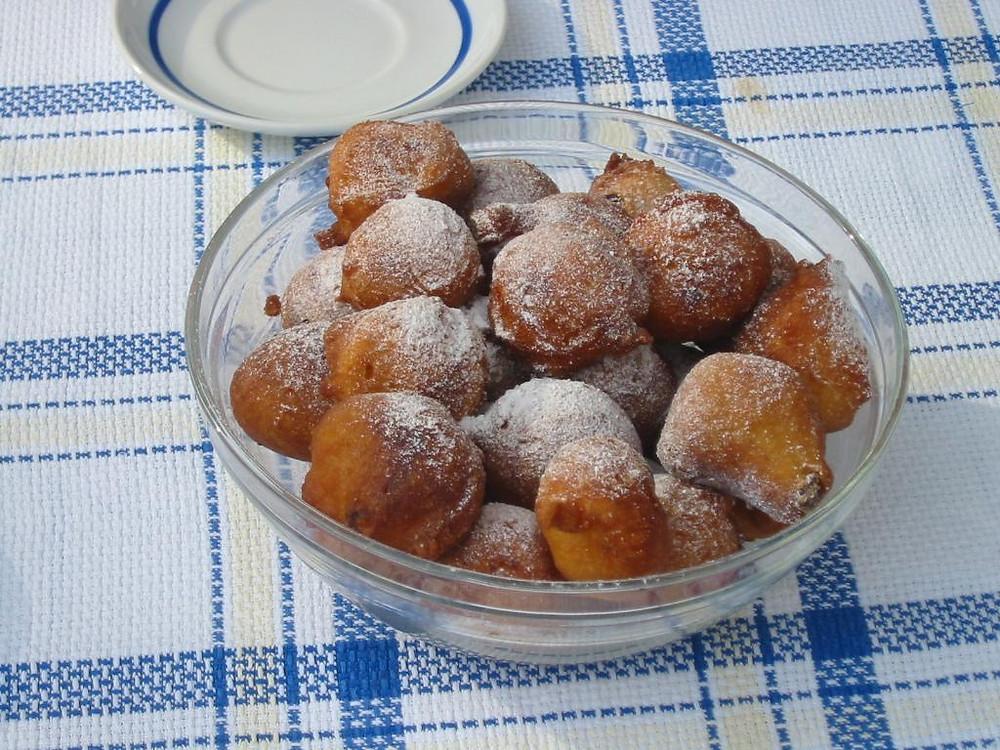 Croatian fritules, a tasty doughnut like pastry