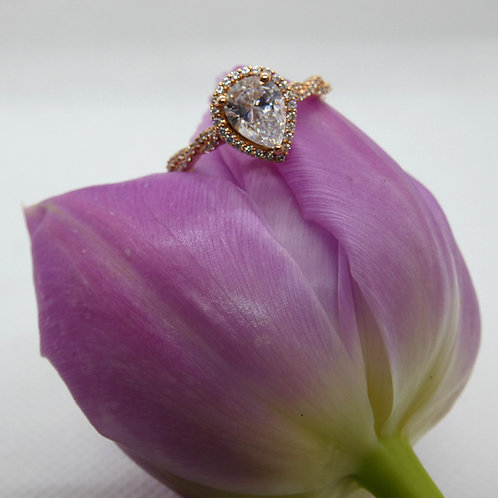 Rose Gold Pear Shaped Diamond Ring