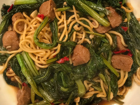 Yu Choy With Vegan Beef and Lo Mein Noodles