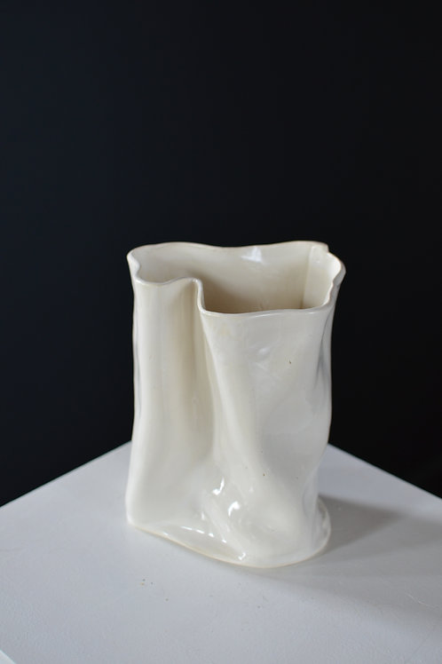 Short Compression Vase 01