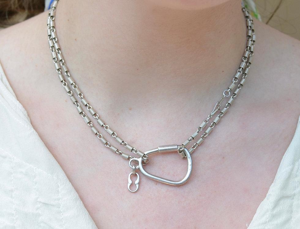 Corkscrew Chain