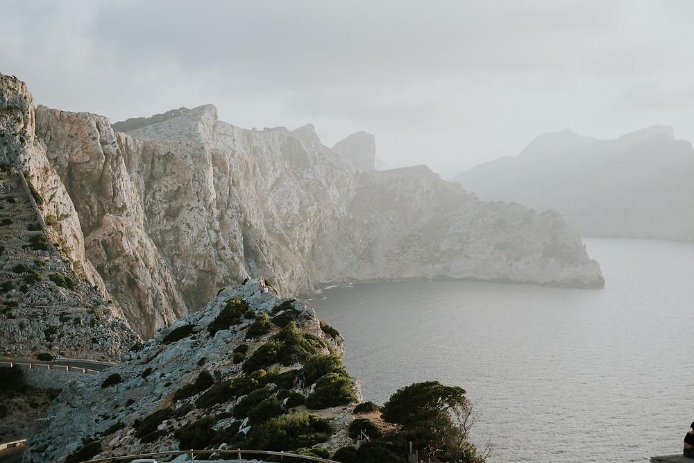 Fantastischer Blick auf Steilküste Mallorcas, Balearen, Spanien