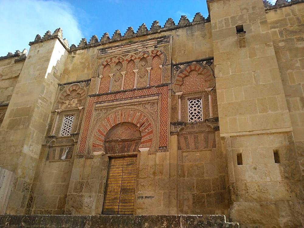 Faszinierende maurische Baukunst: die Mezquita-Kathedrale in Cordoba, Andalusien.