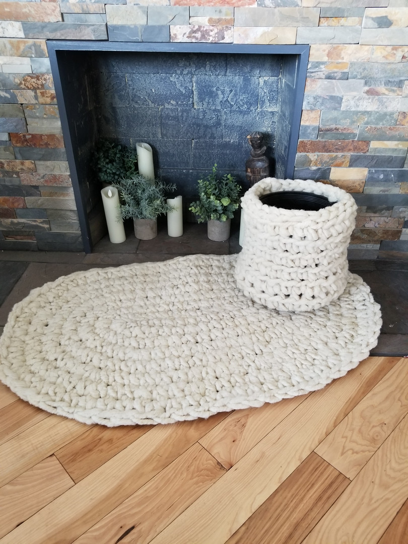 crochet rug and pot cover