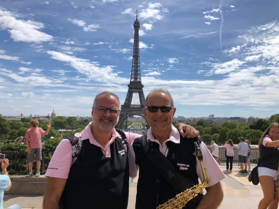 Stéphane GARCIA Président (à g.) Lully CIVEJA Chef d'orchestre (à dr.)