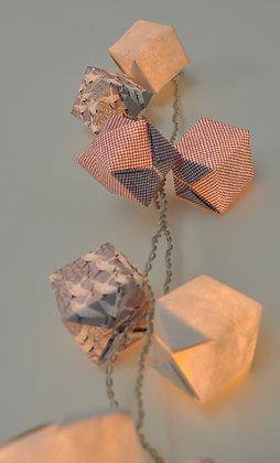 Guirlande Cubes Grues Cendrées