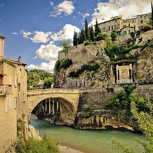 Découvrir les villagesremarquables de la Provnce : Vaison La Romaine