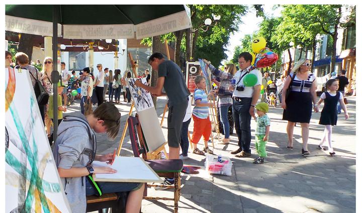 Art workshops in town