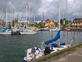 Against the wind, Mot vinden, Vastatuuleen