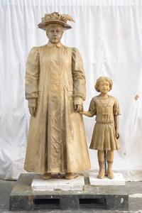 The Anna Laura Hill and Orphan Train Rider custom sculpture.