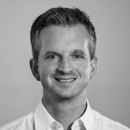 Headshot-Black and white-8 (web optimize