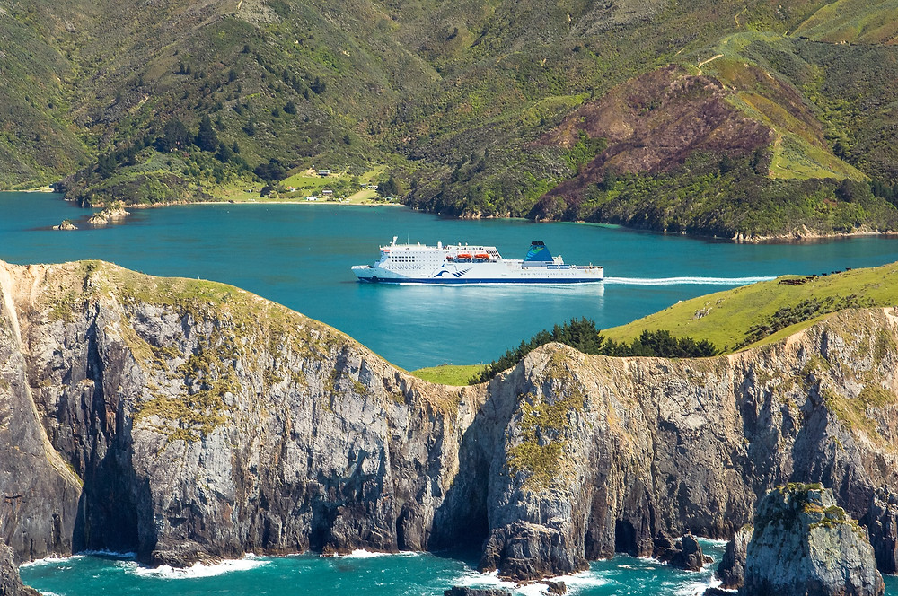Cook strait ferry, group tour to New Zealand