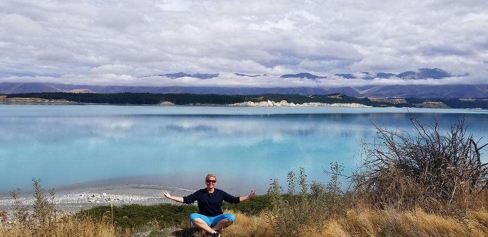 Озеро Пукаки рядом с горой Кука, Новая Зеландия. Туры в Новую Зеландию. Экскурсии в Новой Зеландии.