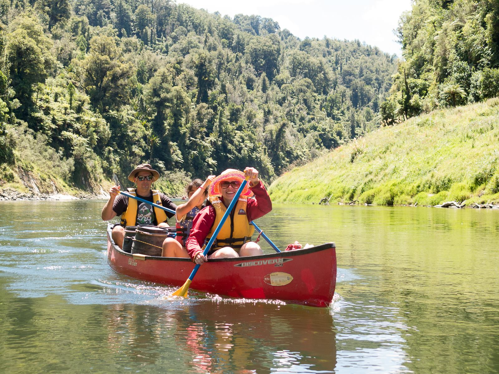 Canoeing in Whanganui National Park New Zealand