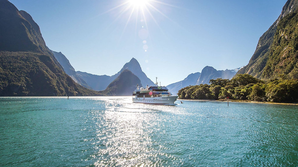 Milford Sound Coach & Scenic Cruise ex Queenstown