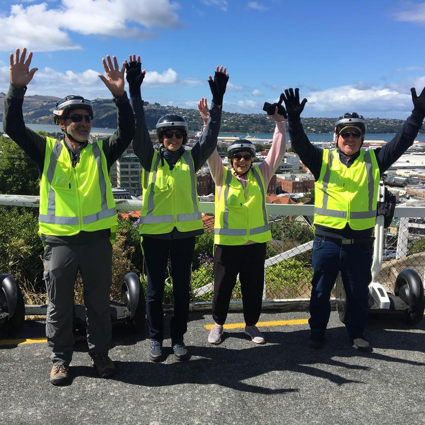 Тур на сегвеях по Данидину. Экскурсии в Новой Зеландии.